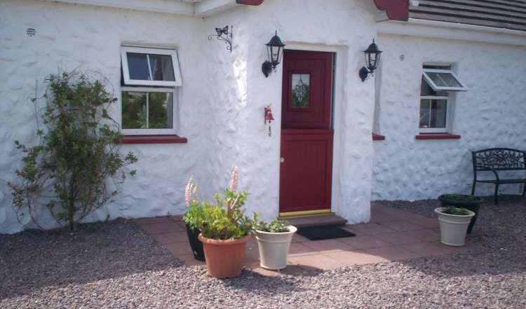 Cheap hotel and hostel rates & availability in Tralee
