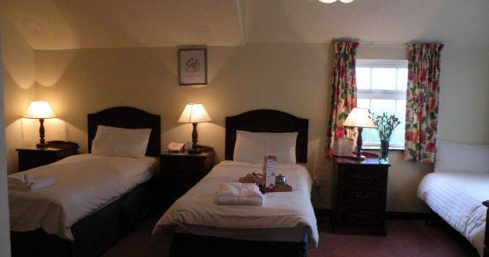 cheap hotels in Killarney
